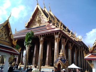 エメラルド寺院