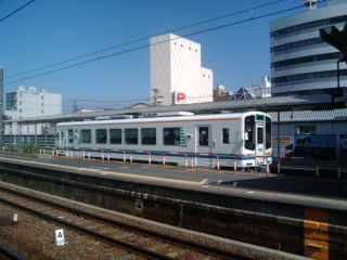 掛川駅を出発